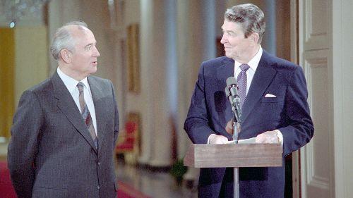 Gorbatchev-Reagan - Duel au sommet
